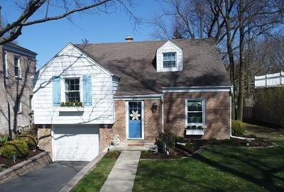 Clarendon Hills Single Family Home For Sale: 231 Grant Avenue