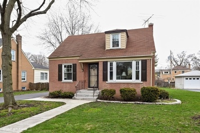 Clarendon Hills Single Family Home New: 105 Hiawatha Drive