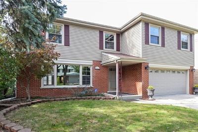 Skokie Single Family Home For Sale: 8314 Tripp Avenue
