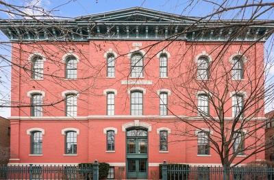 Chicago IL Condo/Townhouse New: $799,500