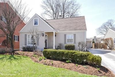 Clarendon Hills Single Family Home For Sale: 18 Tuttle Avenue