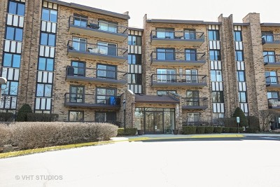 Willowbrook Condo/Townhouse For Sale: 501 Lake Hinsdale Drive #212