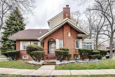 Chicago IL Single Family Home New: $439,900