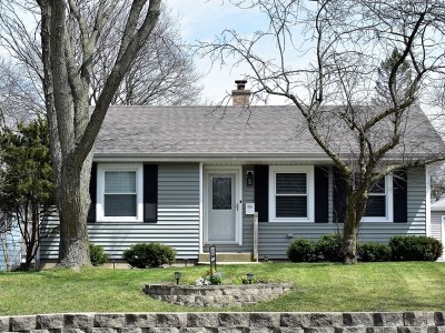 Downers Grove IL Single Family Home New: $275,000