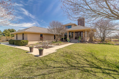 St. Charles Single Family Home For Sale: 6n247 Prairie Valley Drive