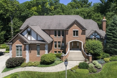 Northbrook Single Family Home For Sale: 1609 Dunhill Court
