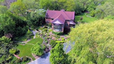 Lisle Single Family Home For Sale: 4222 Evergreen Drive
