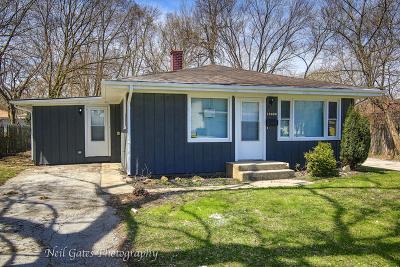 Markham Single Family Home For Sale: 16406 Trumbull Avenue