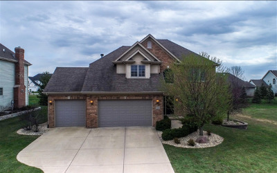 Shorewood Single Family Home For Sale: 24533 Bantry Drive