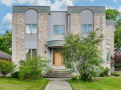 Skokie Single Family Home For Sale: 4057 Suffield Court