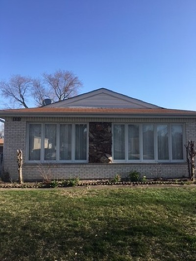 Elmhurst Single Family Home For Sale: 651 West Gladys Avenue