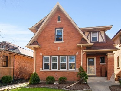 Oak Park Single Family Home For Sale: 1207 North Elmwood Avenue