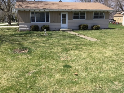 Fox River Grove Single Family Home For Sale: 103 Bayview Road