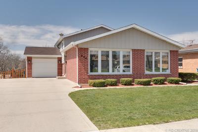 Elmhurst Single Family Home For Sale: 966 South Cedar Avenue
