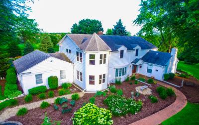 Batavia Single Family Home For Sale: 1s881 Deerpath Road