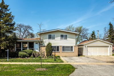 Glenview Single Family Home For Sale: 515 Michael Manor