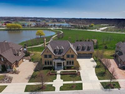 Elgin Single Family Home For Sale: 3658 Broadleaf Avenue