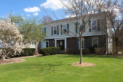 Lincolnshire Single Family Home For Sale: 7 Fox Trail
