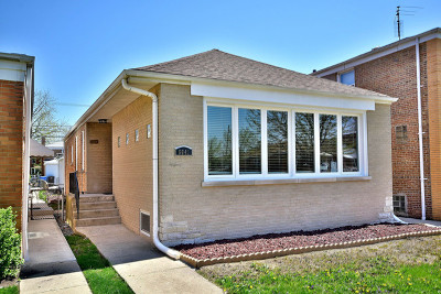 Single Family Home For Sale: 6641 North Whipple Street