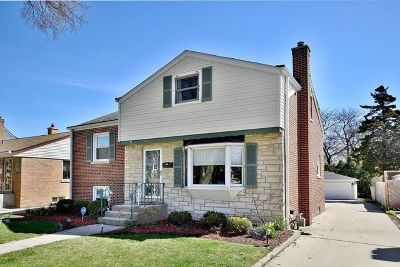 Elmhurst Single Family Home Price Change: 581 South Stratford Avenue