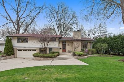 Glencoe Single Family Home For Sale: 751 Strawberry Hill Drive