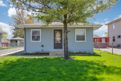 West Chicago Single Family Home For Sale: 310 West Blair Street
