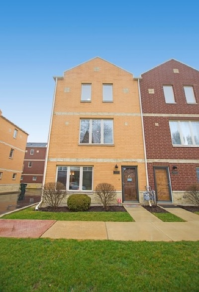 Brookfield Condo/Townhouse Contingent: 8900 31st Street #18