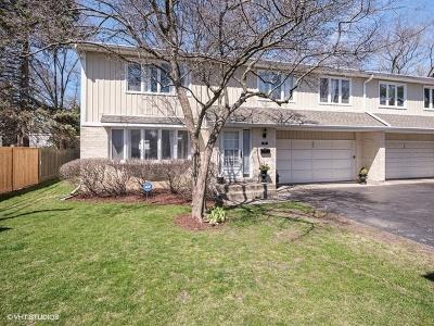 Wilmette Condo/Townhouse For Sale: 227 Pin Oak Drive