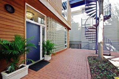 Condo/Townhouse Price Change: 1401 West Berteau Avenue #D