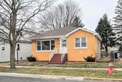 Evergreen Park Single Family Home For Sale: 8824 South Talman Avenue