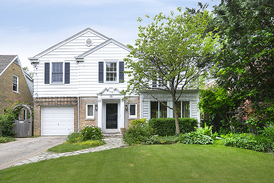 Winnetka Single Family Home For Sale: 82 Warwick Road