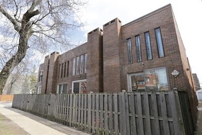 Condo/Townhouse Contingent: 935 West Belden Avenue