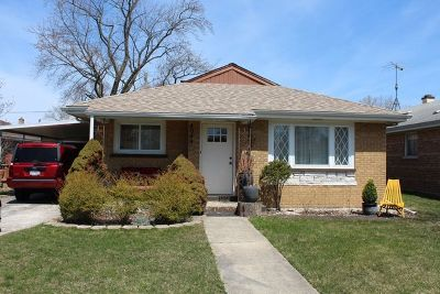 Oak Lawn  Single Family Home Re-Activated: 4044 Grant Street