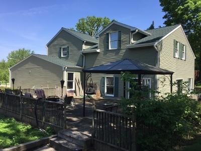 Algonquin Single Family Home For Sale: 1735 Dana