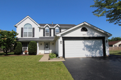 Lake Zurich Single Family Home For Sale: 147 West Harbor Drive