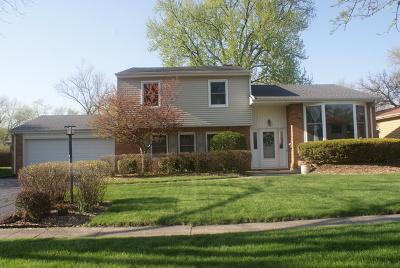 Palatine Single Family Home Contingent: 1316 East Gloria Drive