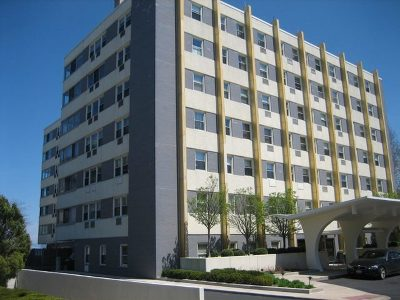 Wilmette Condo/Townhouse For Sale: 1410 Sheridan Road #4C