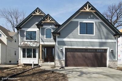Downers Grove Single Family Home For Sale: 5600 Katrine Avenue