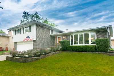 Oak Forest Single Family Home Price Change: 15308 Pine Drive