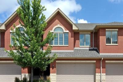 Wheeling Condo/Townhouse For Sale: 24 Northfield Terrace