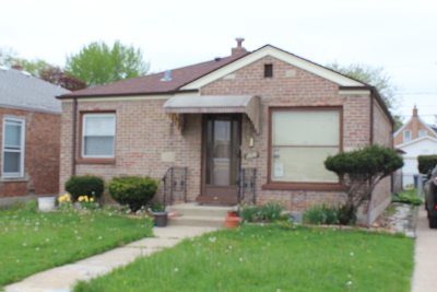 Melrose Park Single Family Home Contingent: 1808 North 17th Avenue