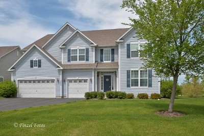 Crystal Lake Single Family Home For Sale: 2420 Bryn Mawr Lane