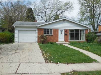 Lombard Single Family Home Price Change: 630 South Elizabeth Street
