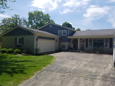 Hampshire Single Family Home For Sale: 17n210 Oak Grove Drive