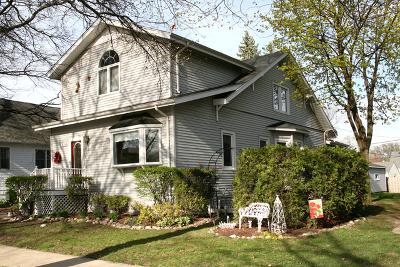 Elmhurst Single Family Home For Sale: 639 South Hillside Avenue