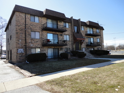 Calumet City Multi Family Home For Sale: 1617 Memorial Drive