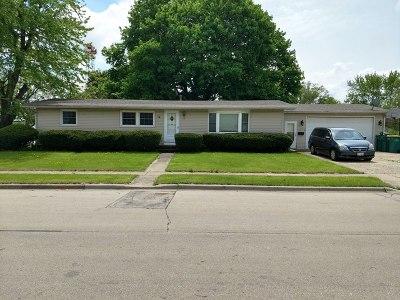 Dekalb Single Family Home For Sale: 638 Charter Street