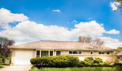 Hoffman Estates Single Family Home For Sale: 505 Decatur Street