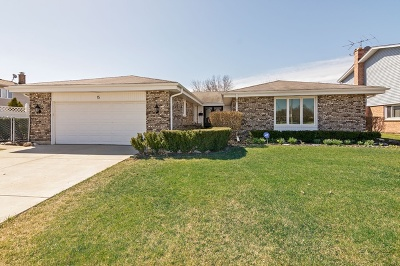 Arlington Heights Single Family Home For Sale: 15 East Waverly Road