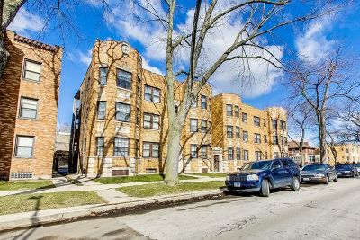 Chicago Multi Family Home New: 8000 South Paxton Avenue